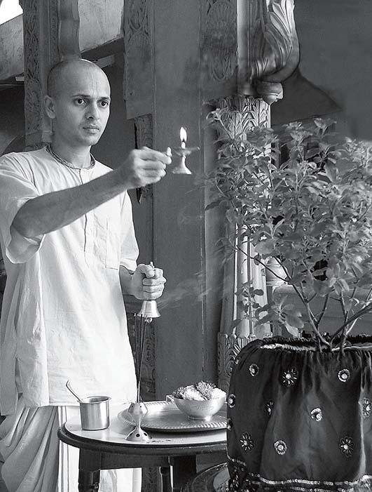 back-to-godhead-how-to-worship-tulsi-devi