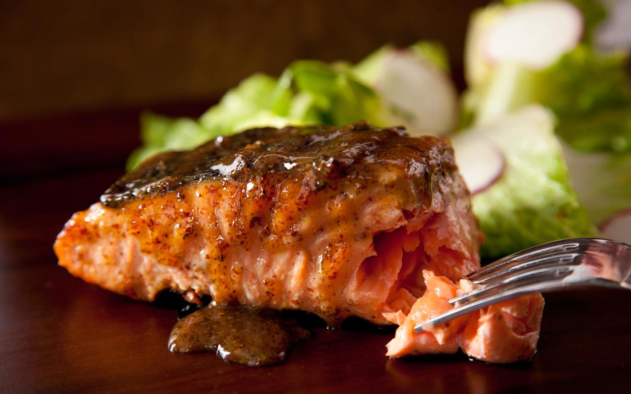 salmon-pine
