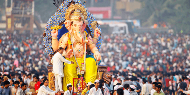 Oldest-Ganpati-Mandals-of-Mumbai (1)